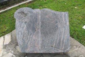 Modèles de monuments cinéraires